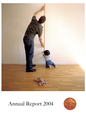 Swedbank annual report 2004